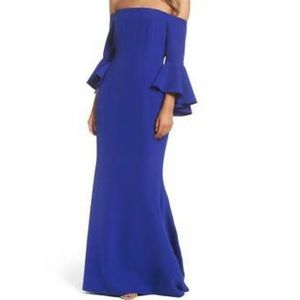 Vince Camuto Blue Gown 💙💙